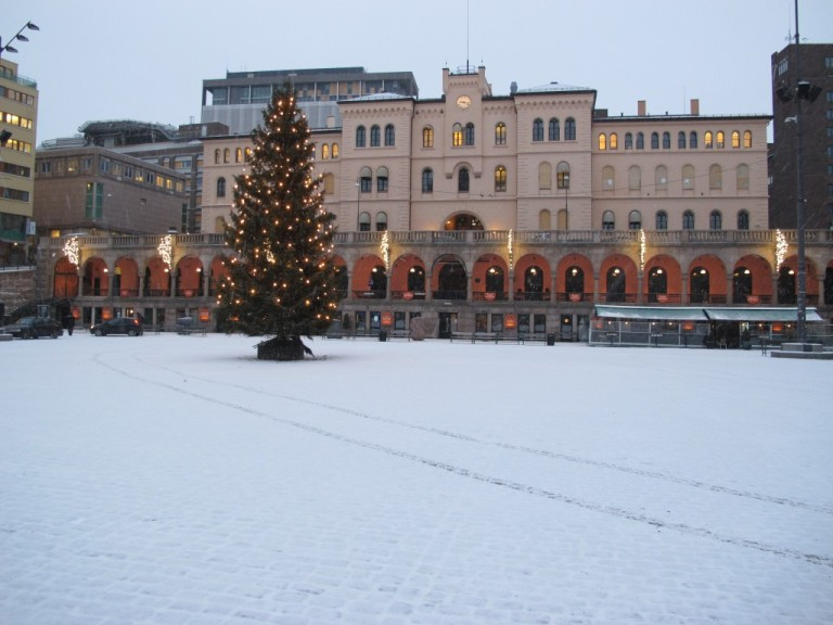 Youngstorget in Christmas time - Photo: www.norwegian-poutine.no