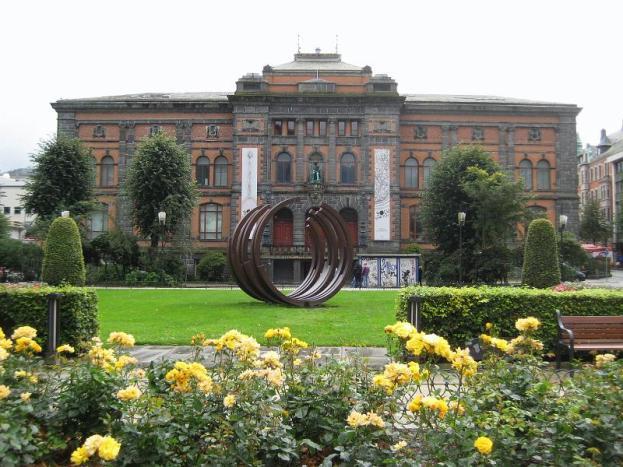 sculpture and art museum Bergen