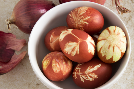 Onion-Dyed-Eggs2