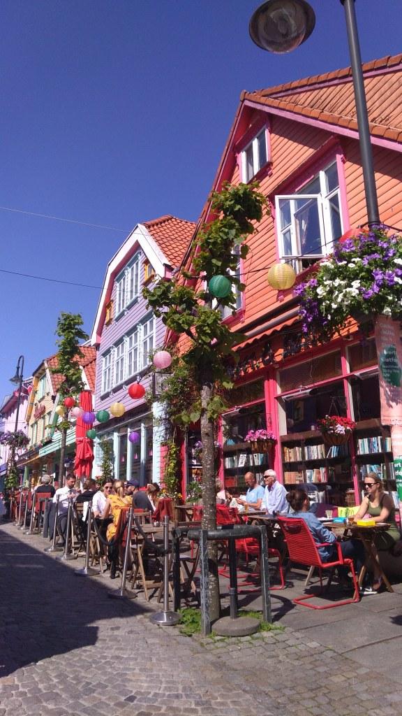 Bilde 1 Cafe street STavanger foto Sara Caballero Navarrete